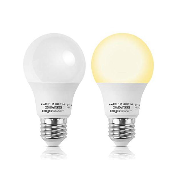 Bombillas LED con luz amarillas