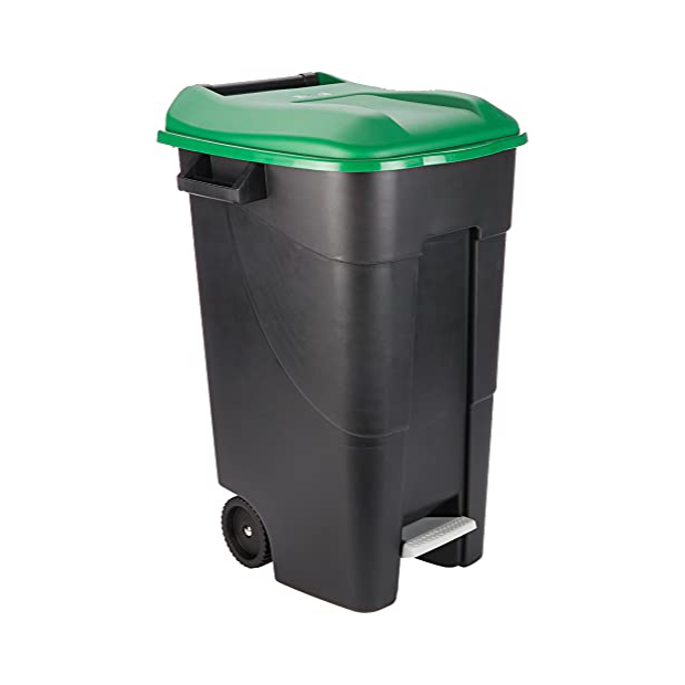 Cubos de basura con tapa