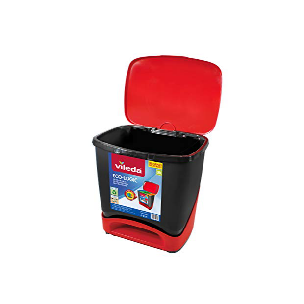 Cubos de basura reciclaje rojos