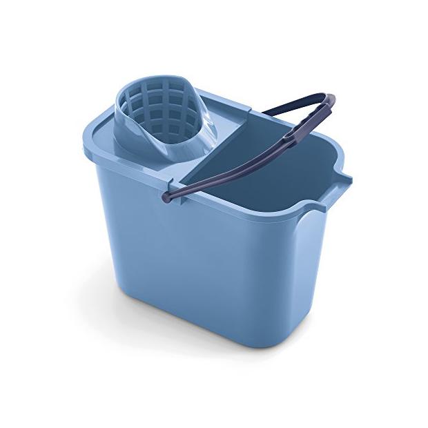 Cubos de fregona azules